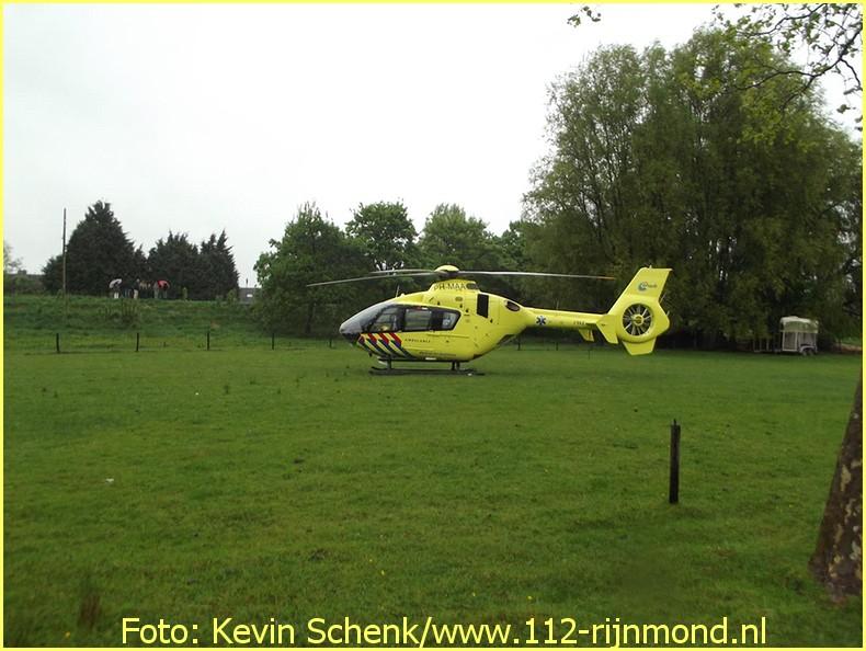 Lifeliner2 inzet Rotterdam Hoogvliet Foto: Kevin Schenk (13)