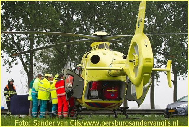 Lifeliner3 inzet Veghel Foto: Sander van Gils (7)