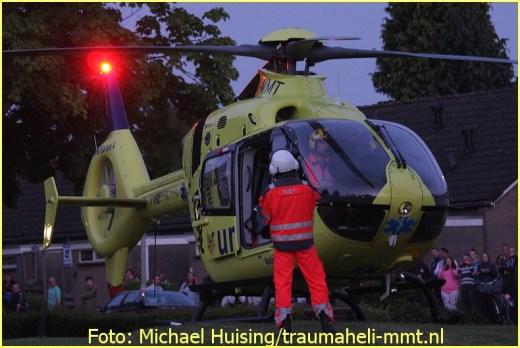 Lifeliner4 inzet Muntendam Foto: Michael Huising (5)