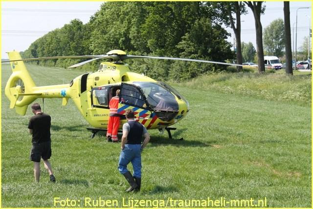 Lifeliner1 inzet Dronten Foto: Ruben Lijzenga