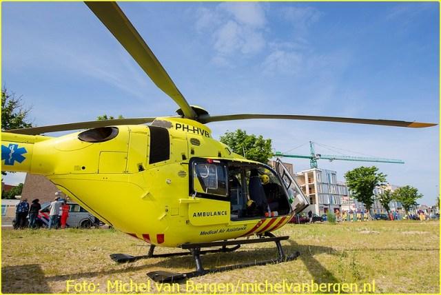 Lifeliner1 inzet Zandvoort Foto: Michel van Bergen  (14)