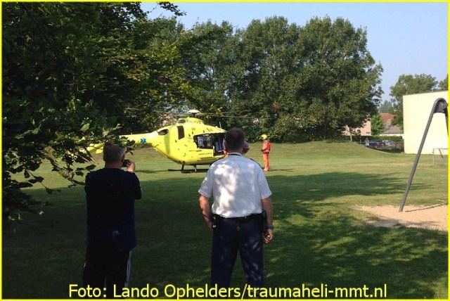 Lifeliner1 inzet Almere Foto: Lando Ophelders