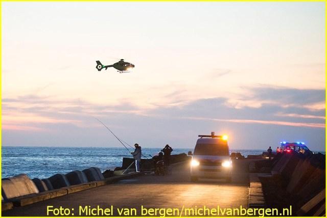 Lifeliner1 inzet Ijmuiden Foto: Michel van Bergen (21)