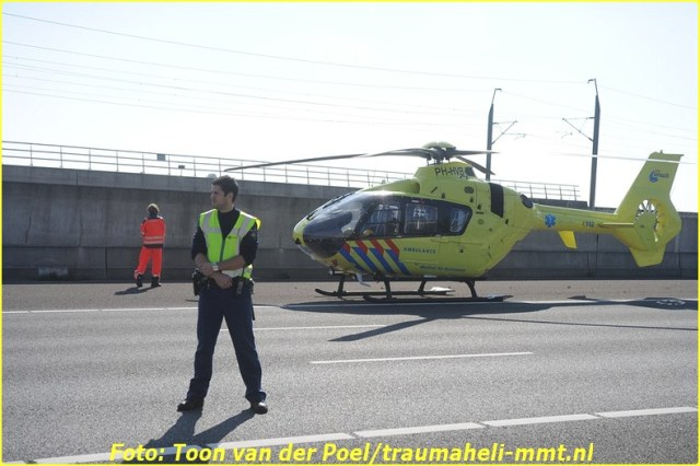 Lifeliner1 inzet Roelofarendsveen Foto: Toon van der Poel (5)