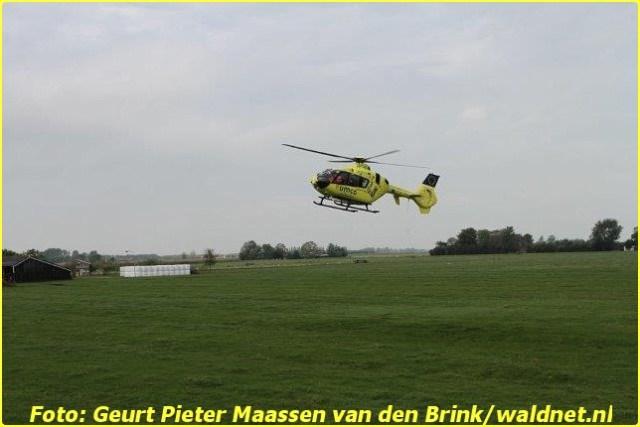 4 Oktober Lifeliner4 inzet Driezum Foto: Geurt Pieter Maassen van den Brink
