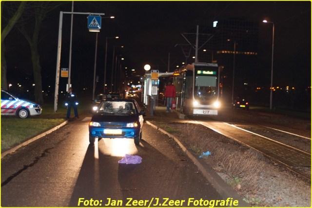 2013-12-07 Aanrijding met letsel Schiedamsedijk, Rotterdam 018-BorderMaker