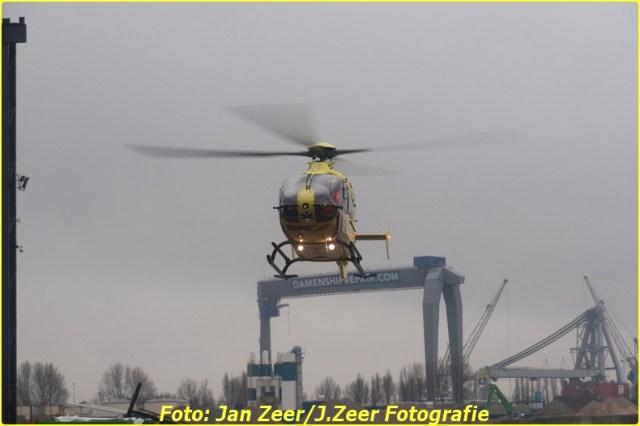 2013-12-17 Bedrijfsongeval HSM steel structures, Schiedam 070-BorderMaker