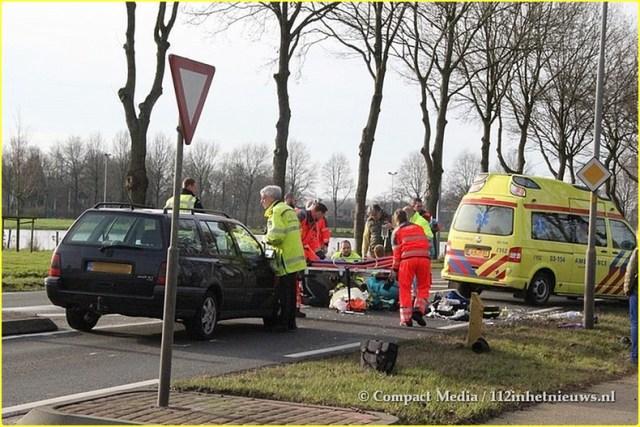 112 Vrouw ernstig gewond N855 Dwingeloo 4-BorderMaker