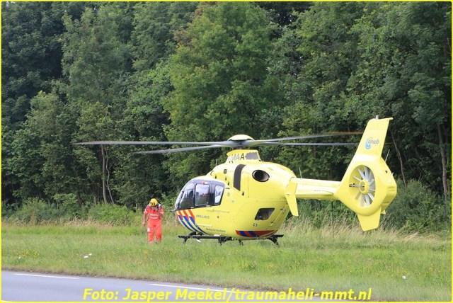 2014 0619 Traumaheli Inzet Ijweg te Hoofddorp 010 (10)-BorderMaker