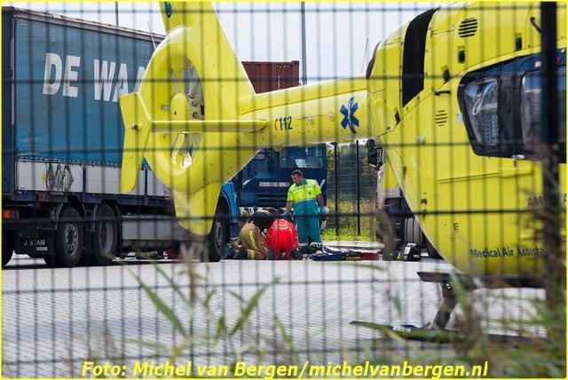 2014 09 01_amsterdam durban_01 (2)-BorderMaker