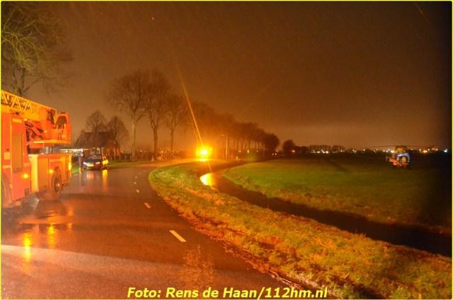 2015 01 13 Man gered van verdrinkingsdood Haastrecht_Rens de Haan (7)-BorderMaker