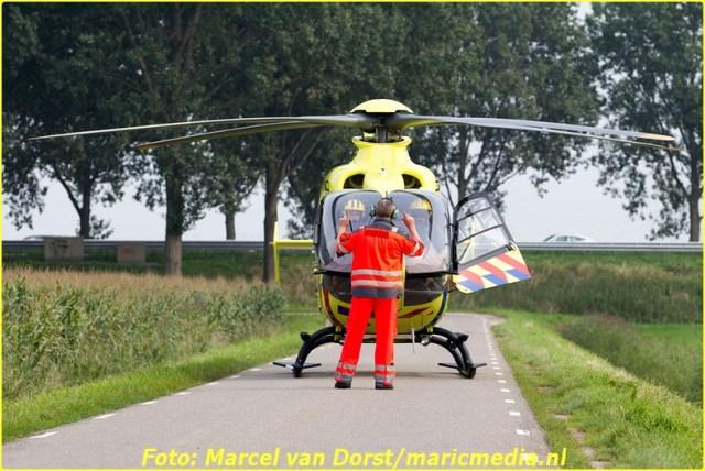 08302015_flyboarder_gewond_Oosterhoutseweg_Raamsdonksveer_1820-BorderMaker