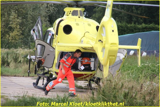 ongeval met een persoon Repelweg Goes 9-8-2015 028-BorderMaker