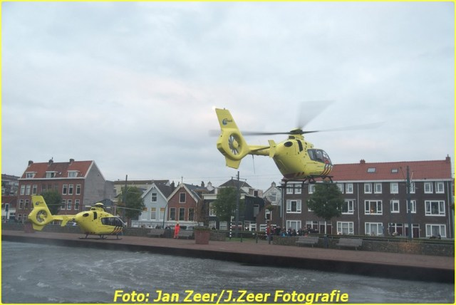 2015-10-19 Dubbele traumahelikopter inzet Schiedam 026-BorderMaker