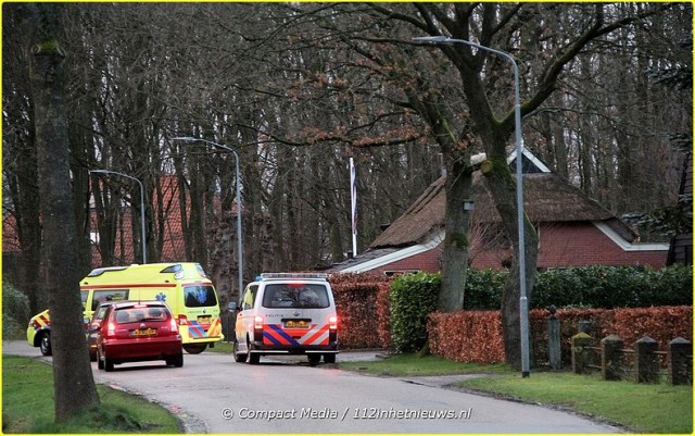 Mobiel-Medisch-Team-aan-de-Hereweg-in-Peize-1-BorderMaker