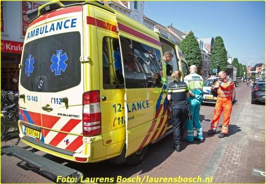 Bloemendaalseweg - Oudere man met fiets gevallen