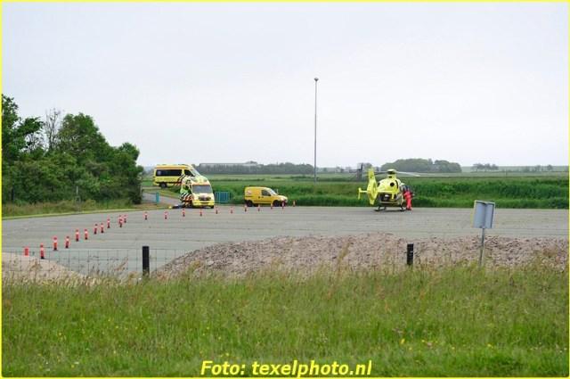 traumateam in de ambulance in actie-BorderMaker