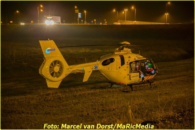 12202016_ongeval_a16_zevenbergschen_hoek_8697-bordermaker