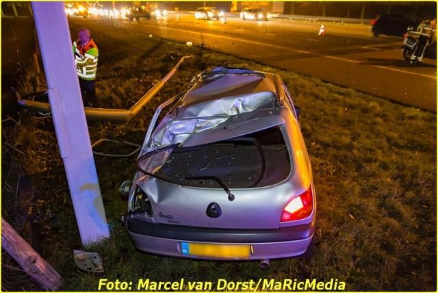 12202016_ongeval_a16_zevenbergschen_hoek_8703-bordermaker
