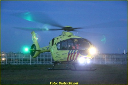 Traumahelikopter vliegt uit incident in woning...
