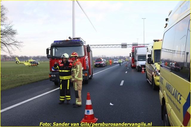 sander-van-gils-20210125160234-15-BorderMaker