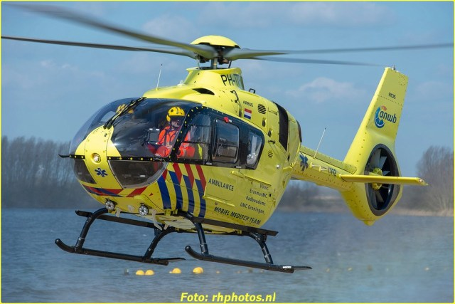 Lifeliner1 PH-TTR RTD Cypruslaan 26-03-2021-7384-BorderMaker