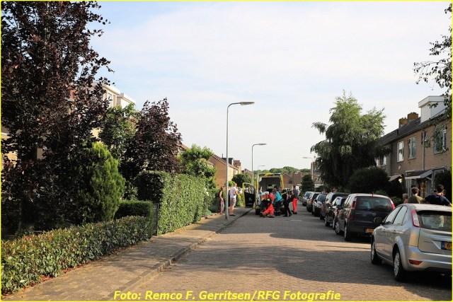 21-06-17 Prio 1 Steekpartij - Dr. Albert Schweitzerstraat (Bergambacht) (1)-BorderMaker