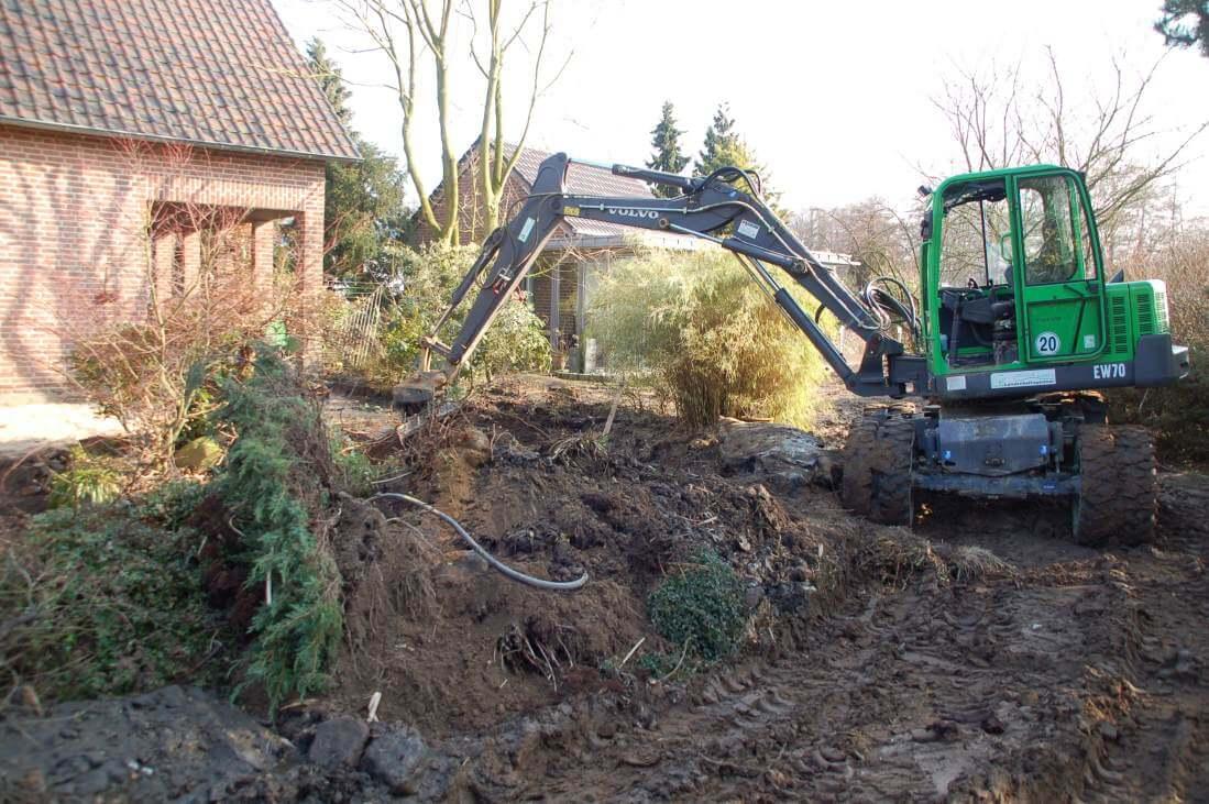 Rodungsarbeiten romantischer Garten