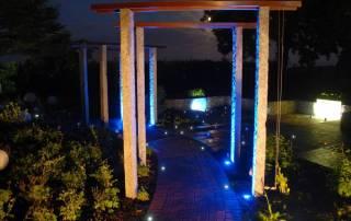 Granitsteelen für eine Pergola mit LED Beleuchtung