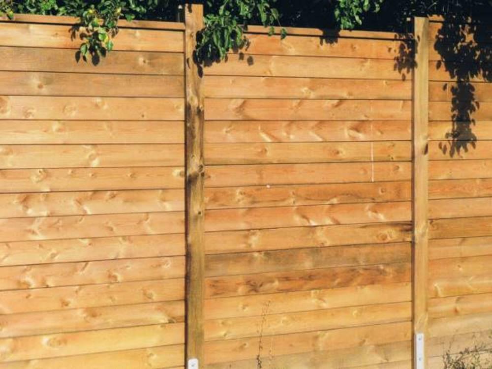 Schallschutzzaun aus Holz