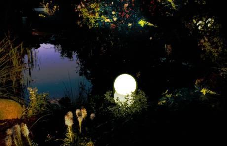 Moonlight Schwimmleuchte Teich