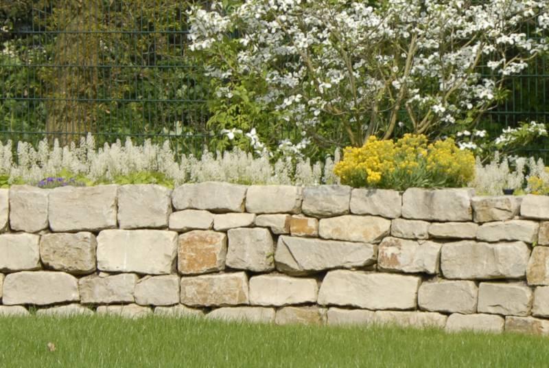 gartenmauer | galabau mähler | mauer garten - Sitzplatz Im Garten Mit Steinmauer