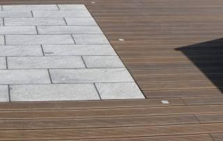 Terrasse Bambus mit Natursteinplatten Granit