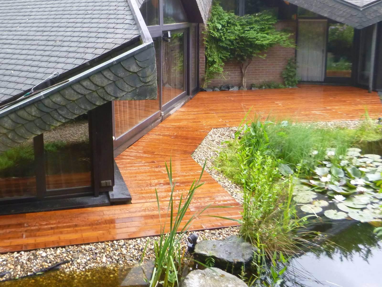 Terrasse aus bambus galabau m hler terrassendielen baumbus - Terrasse hoher als garten ...