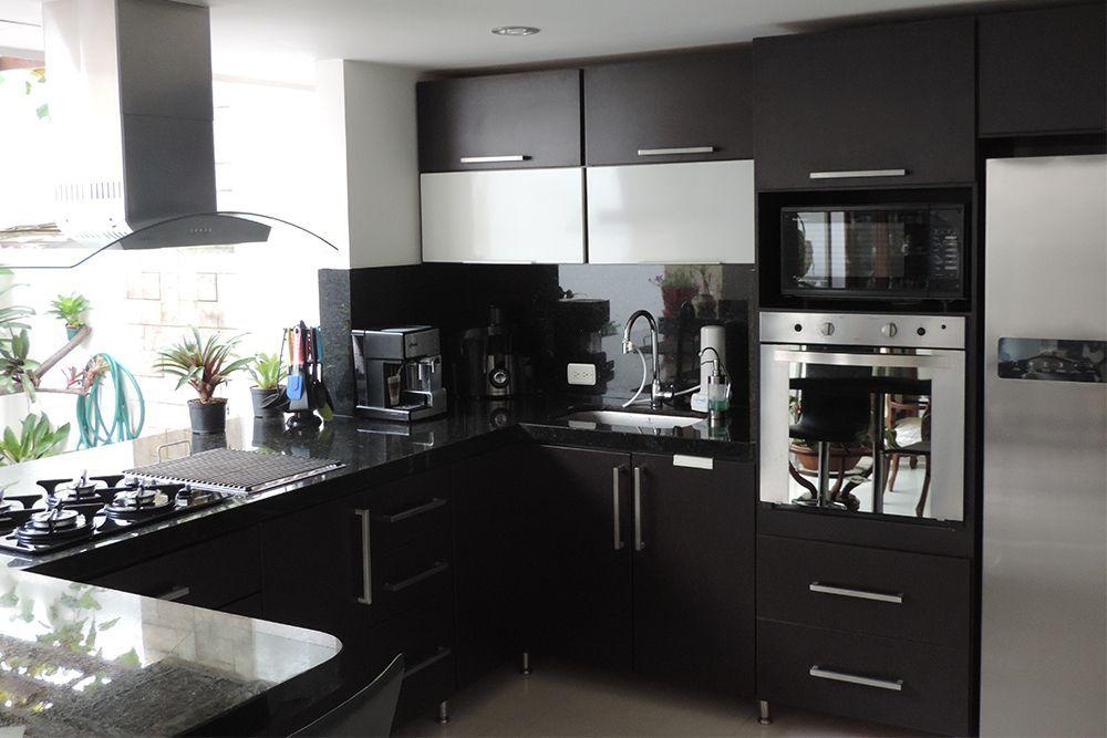 ¿Qué son las cocinas integrales? Todo lo que debes saber sobre este novedoso diseño