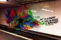"Graffiti in einem U-Bahnhof, ""Art in a frame is like an egale in a birdcage"""