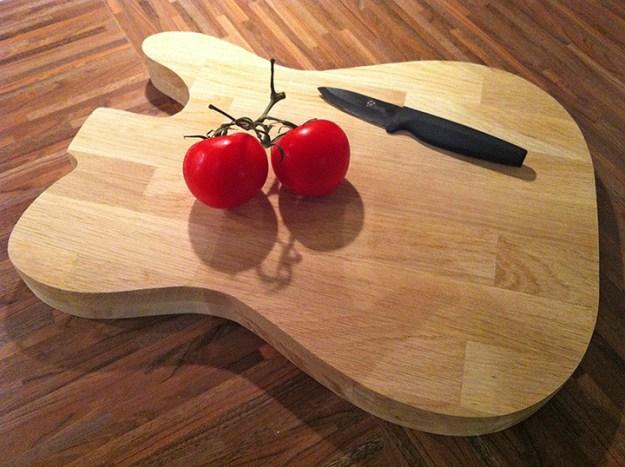 planche a découper guitare