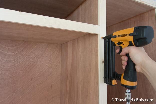 Fabrication d un placard 5 me partie travailler le bois - Tablette au dessus d un radiateur ...