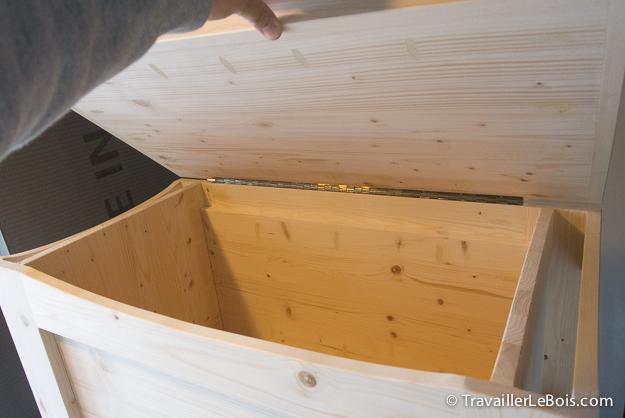 Fabrication d 39 un coffre jouets en bois travailler le bois - Fabrication d un banc en bois ...