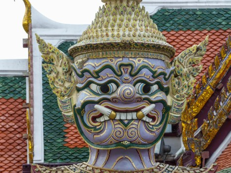 Nyak guardian in Bangkok's Grand Palace