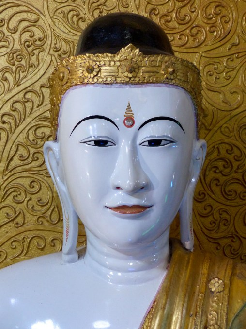 Buddha statue in a temple close to Mawlamyine