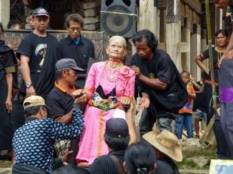 Tana Toraja Funeral Ceremony - wooden statue of the deceased Christian Jansen & Maria Düerkop