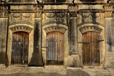 Three doors - temple at Bagan Christian Jansen & Maria Düerkop