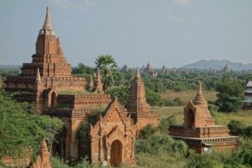 Temples at Bagan plain Christian Jansen & Maria Düerkop