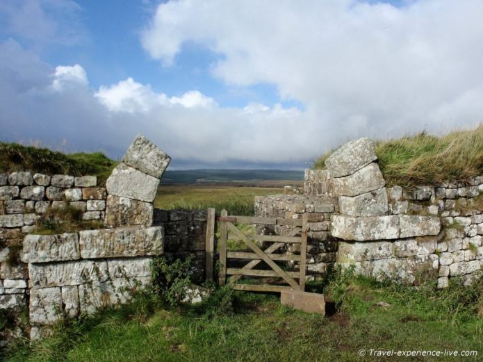 Broken arch at Milecastle 37 on Hadrian's Wall