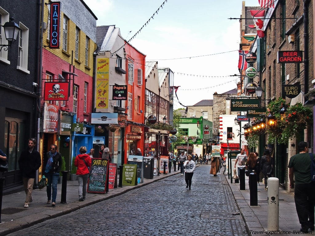 Irish streets: Temple Bar in Dublin.