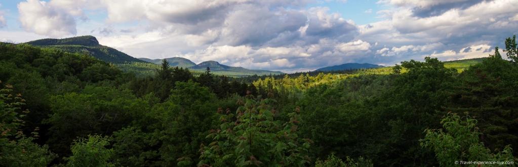 Kancamagus Highway, view of White Mountains.