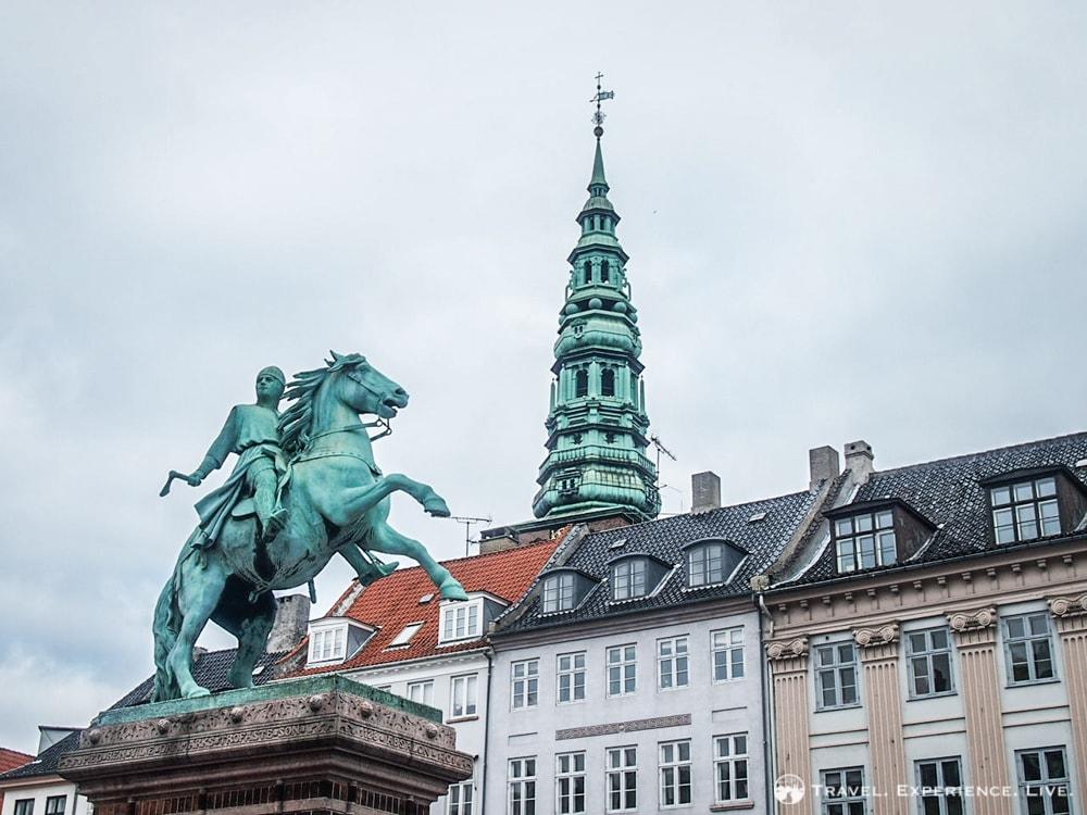 Statue of Absalon on Højbro Plads