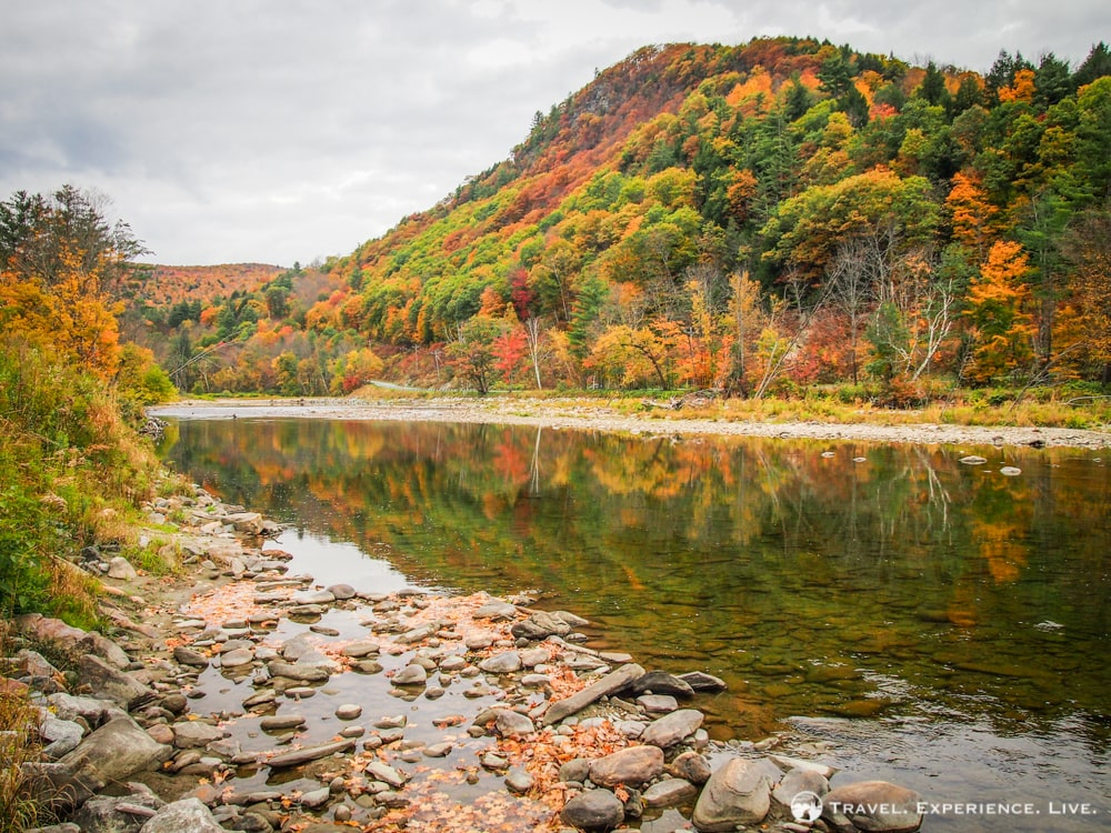 Lake and fall foliage in the Green Mountains, Vermont