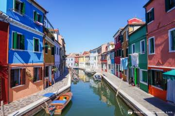 Visit Burano: Colorful houses in Burano